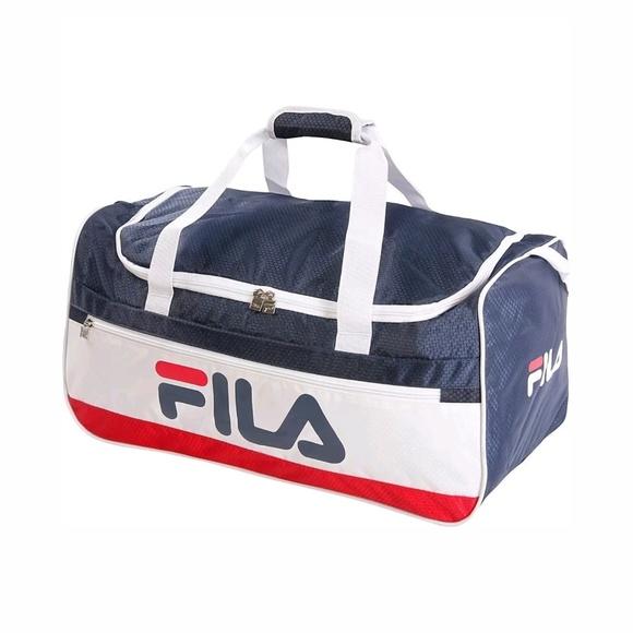 1d44cc4171f7 Fila Baywood Medium Sports Duffel Gym Bag